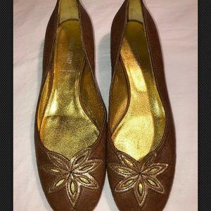 Miu Miu Women's Brown Leather Flats, Size 9. EUC